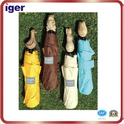 special popular fabric 100% polyester umbrella with animal wood handle