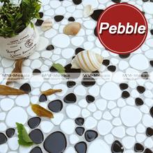 venta al por mayor de mosaicos irregulares de guijarros blancos y negros, proveedor de mosaicos MM-Mosaic