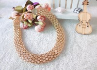 The atmosphere are exaggerated hot lady Necklace