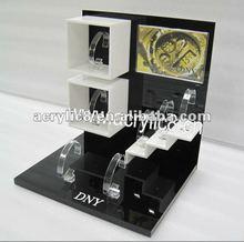 2012 hot sale acrylic watch display