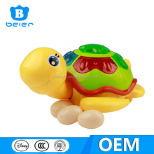China fábrica de juguetes, electrónica de la tortuga de juguete, plástico juguetes tortuga con egg