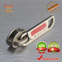 2015 Latest design custom zipper pull for bag zipper sliders