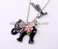 Wholesale Pendant Black Elephant With Flower Necklace
