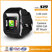 2015 Hot New GSM Bluetooth Wifi Hand Watch Mobile Phone