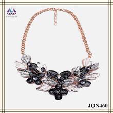Negro y plata pintura flor de la aleación forma collar de collar de mujer vendimia para mujeres