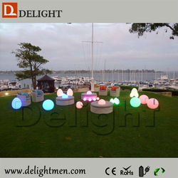 Low price lighting up waterproof RGB floating remote control led light cube