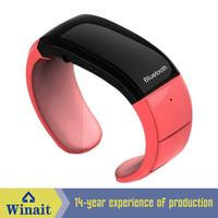 Smart bracelet bluetooth v4.1 standby time 72 hours with pedometer & remote camera