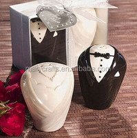 Groom ceramic Salt And Pepper Shaker Wedding Gifts