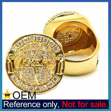 China Manufacturer Gold Brass Unique High Class School Rings