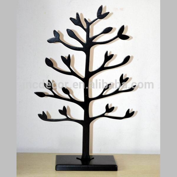metal tree stand