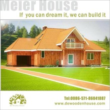 Prrefab Wooden House with Attic and Garage Dy-E-220
