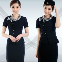 El último el aeropuerto de uniformes para los womans, azafata uniforme