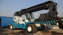 Ferrari used Reach stacker 42ton for sale
