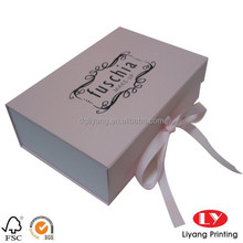 hot style magnetic closure paper box gift