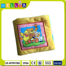 2015 wholsale specialized manufacture animal baby quiet book China