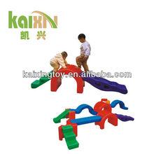 En edad preescolar en interiores de la aptitud física juguete