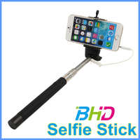 Selfie Stick, Extendable Handled Stick with Adjustable Phone Holder Mount & Built-in Remote Shutter Designed for Apple & Android