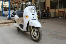 2013 new arrival beaufiful appearance electric scooter like lead fashion style motocycle with 800w brushless motor drive