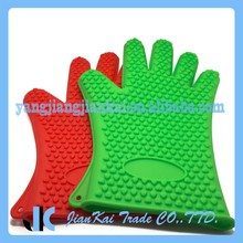 BPA-Free Assorted Color Silicone Grill Gloves With Customized LOGO