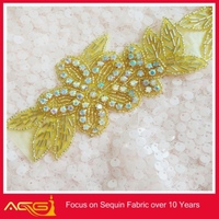 Wedding dress Hand Made Embroidered Rhinestones Appliques for sash handmade vintage clear wholesale chicken wings