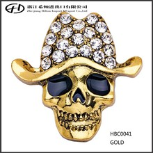Yiwu crystal rhinestone Metal skull brooches with hat gold silver plated epoxy