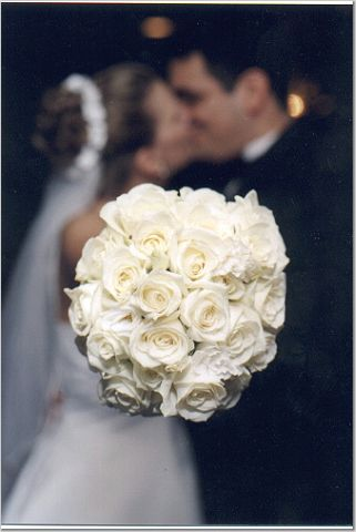 bridal bouquets delivered to your door buy silk wedding bouquets delivered to your door. Black Bedroom Furniture Sets. Home Design Ideas