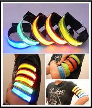 New Safety Dog Collar Pet Products Nylon LED Collar Light-up Flashing Glow LED Collars