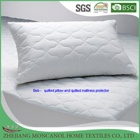Quilted pillow with Ball fiber fill