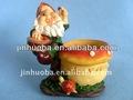artística de decoración del polyresin enano de jardín con maceta de flores al por mayor
