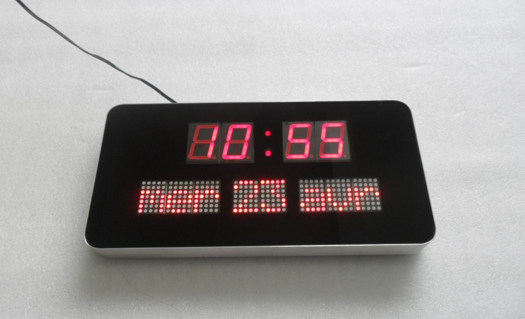 Orologio digitale da parete led for Orologio digitale da parete ikea