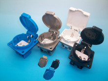 Waferproof schuko socket with bottom case with TUV certificate