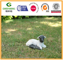 Cheap polyresin black lamb with white body and ears sitting for garden ornament