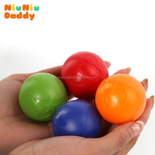 Niuniudaddy Baby bath toy Grasping the ball baby skip ball rustle rattles grip the ball