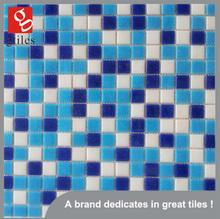 Hermoso mosaico de cristal azul mosaicos