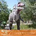 escultura parque dinosaurio mecánico