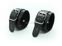 Top Quality Sex Toys Delicate Fetish Adult Black Handcuffs Bondage Hand Wrist Ring Restraint