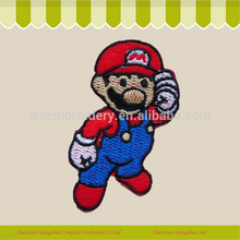 customed de dibujos animados mario insignia emblema bordado