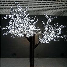 beautiful and artistic waterproof christmas decorative tree light