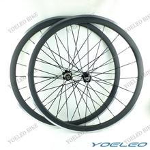 Meilleure qualité SAT cycle roues 38 mm de carbone roues pneu 700c route roues de carbone avec une surface de frein en alliage