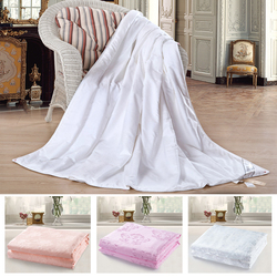 European Style Natural Silk microfiber filling quilt For 5 Star Hotel
