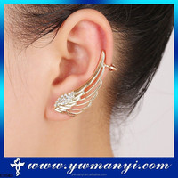 Factory hot selling China wholesale gold jewellery one pair angel wing ear cuff