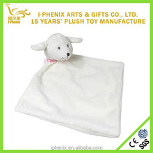 Factory wholesale cute sheep toy cheap plush baby comforter