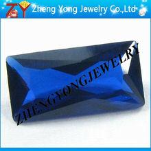 De color azul oscuro talla esmeralda en bruto espinela/piedra de rubí sintético