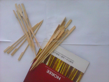 2015 hot selling Flag bamboo skewers/disposable eco-friendly flat wood stick/engraved wood stick