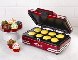 Nostalgia Electrics RCKM700 Mini cupcake/donut machine