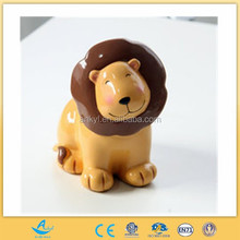customized gift wild animal toy cartoon lion toy from custom vinyl toy manufacturer