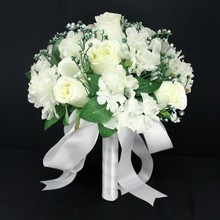 Wedding Bouquet Wholesale Artificial Fower White Pink Purple Romantic Rose Table Decoration Flower with Leaf Berry Pearls