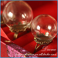 2014 wholesale empty clear colored ball stem wine glass