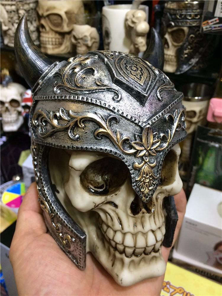 Halloween props Ox horn skeleton resin skull knight