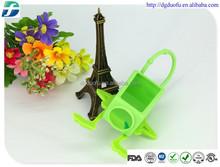 30ml portable silicone hand sanitizer holder